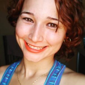 Aline Rossi-Freelancer in Porto,Portugal