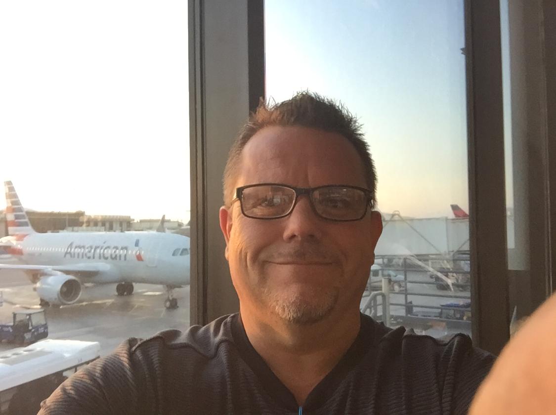 Chris Olivares-Freelancer in Torrance,USA