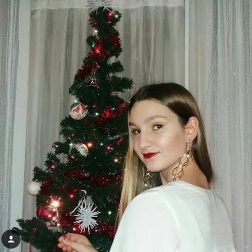 Adna Husičić-Freelancer in ,Bosnia and Herzegovina