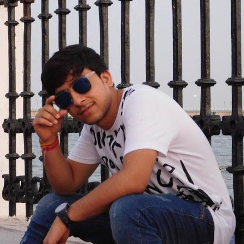 Yash Ajabiya-Freelancer in Rajkot,India