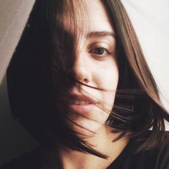Julie De Abreu-Freelancer in Funchal,Portugal