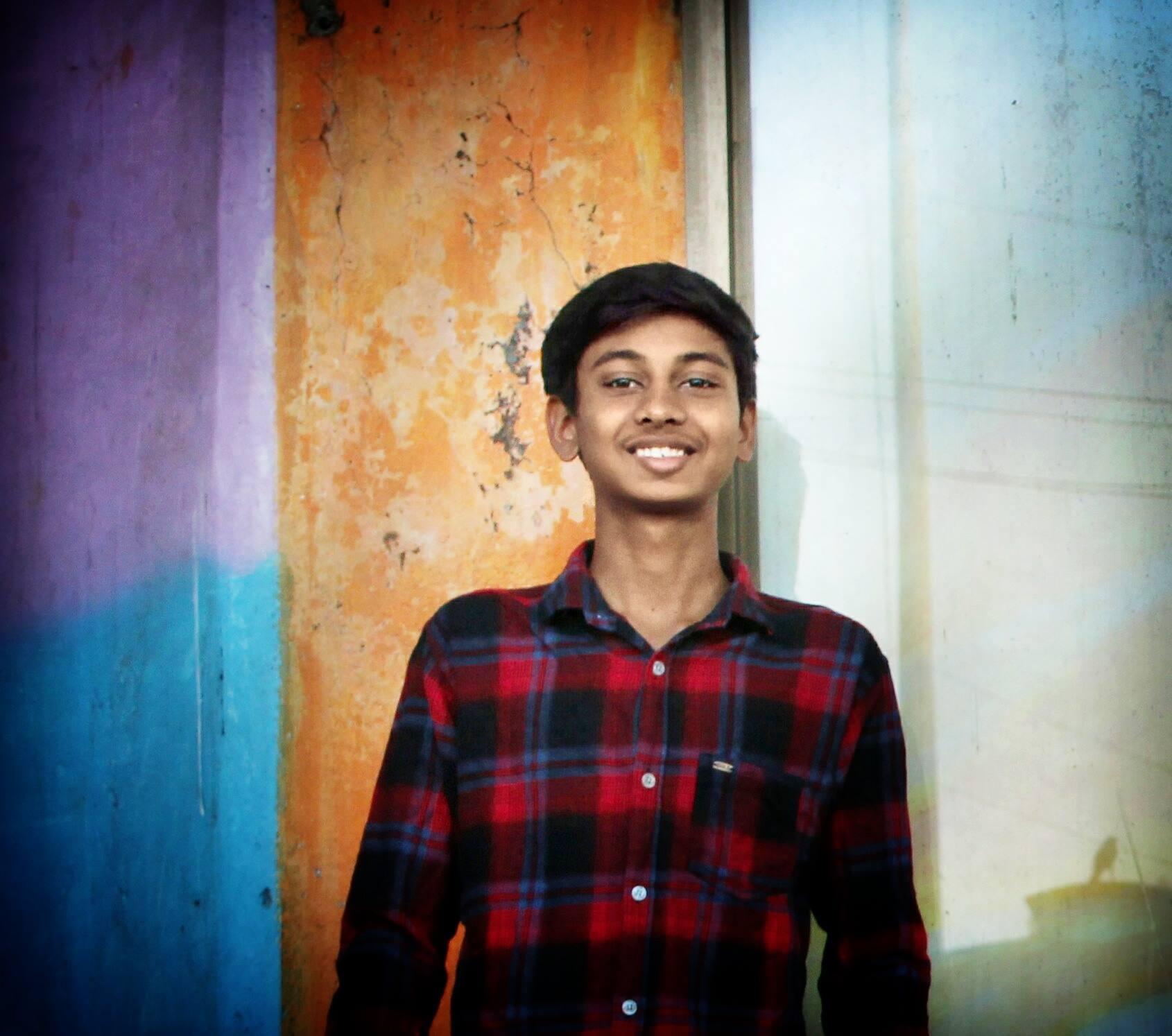 Omkar Karanjule-Freelancer in Lakhali,India